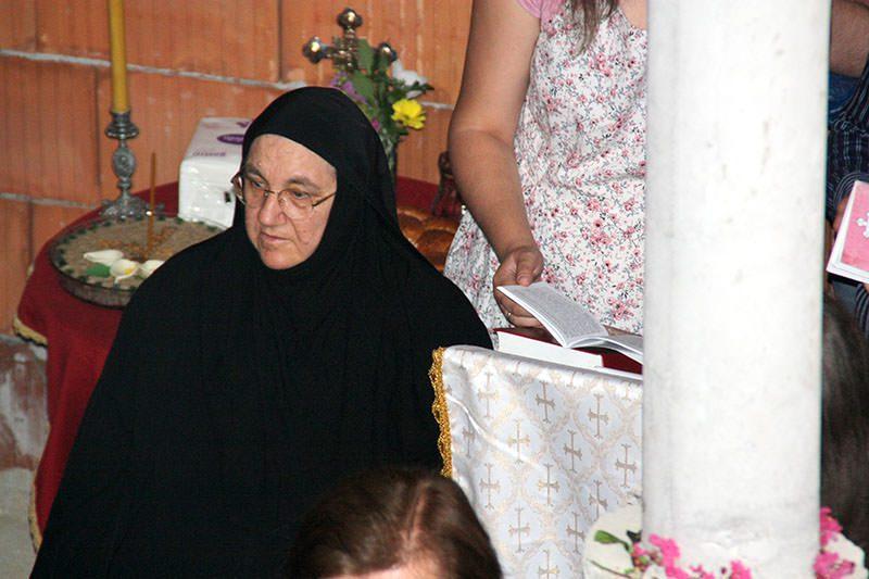 Нова икона СПЦ њених је руку дело: Мати Текла