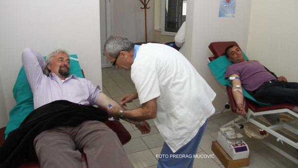 Радници ХЕТ-а даровали крв