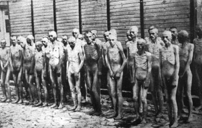 Sovjetski-ratni-zarobljenici-u-nemackom-logoru-Mauthauzenu-1945.-godine