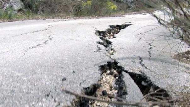 OPREZ: Klizište na putu Herceg Novi – Trebinje