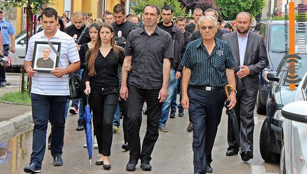Требиње на улицама: Сви желе истину о убиству Марка Ђерића (ВИДЕО)