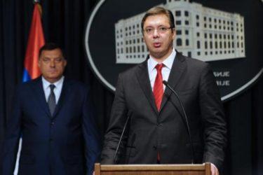 Vučić zamolio Dodika da razmotri odluku o raspisivanju referenduma