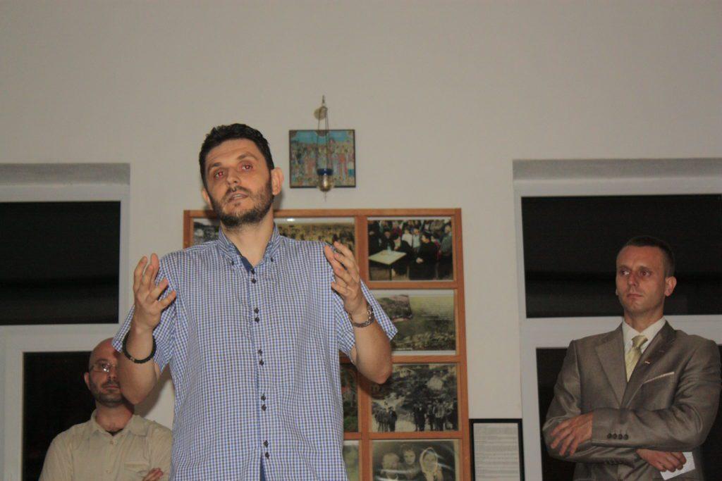 Предраг Лозо: Изложба Пребиловци - Фактографија односа према жртви