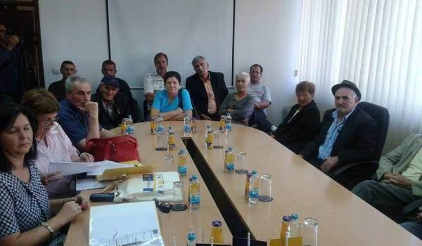 ФОЧА: Кров над главом за 13 породица