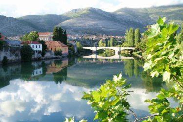 Странци купују у Требињу: Помама за старим каменим кућама