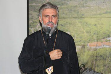 Vladika Grigorije: Hrabrim Kusturicu da pomiri zavađene Hercegovce!