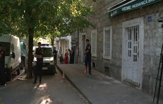 Епархија ушла у посјед стана: Судска полиција избацила породицу Ђурковић на улицу