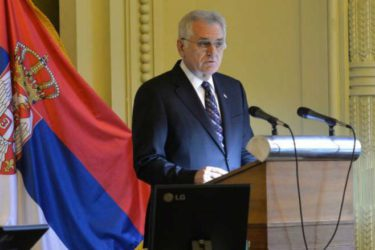 Nikolić: Papa ne želi da Stepinac dovede do neslaganja u hrišćanstvu