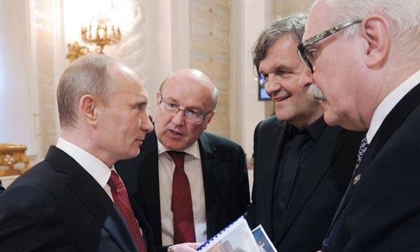 Putin-Kusturica-e1446204724179-600x360