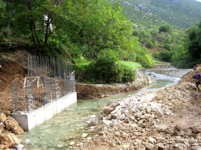"""БЕРКОВИЋИ: Радови на изградњи Мини хидроцентрале """"До"""" у пуном јеку"""