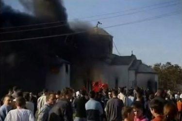 Погледајте видео којим се шири истина о рушењу српских цркава на Космету
