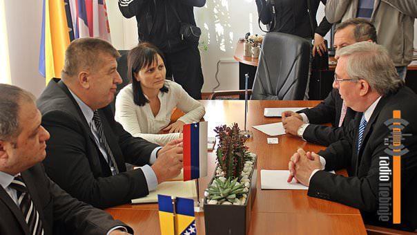 rumunski-ambasador-i-Vucurevic1