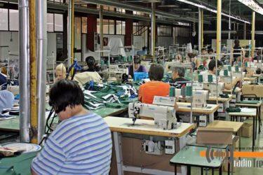 ТРЕБИЊУ НЕДОСТАЈУ ШВАЉЕ: Трендтекс тражи још 80 текстилаца