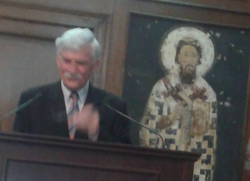 Дејан Томић,аутор Монографије о гуслама