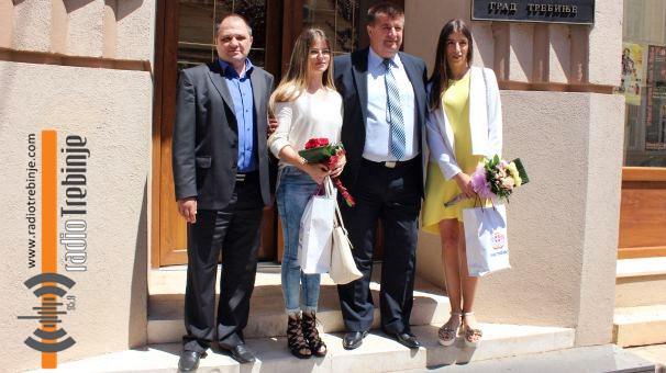 Пријем код Вучуревића за најбоље требињске студенте (ВИДЕО)