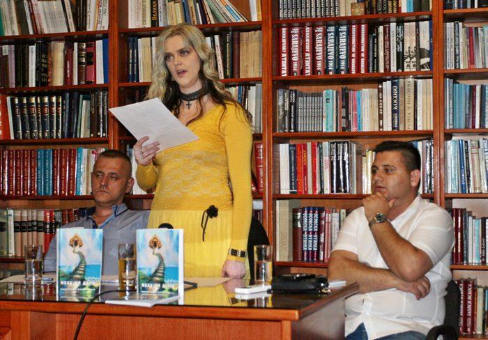 НЕБА МИ ДАЈТЕ: Представљена збирка поезије Анжелике Николине Кучинар