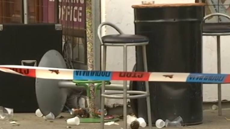КРВАВИ МАСАКР У ЖИТИШТУ: Ушао у кафић са калашњиковом убио супругу и још четворо суграђана