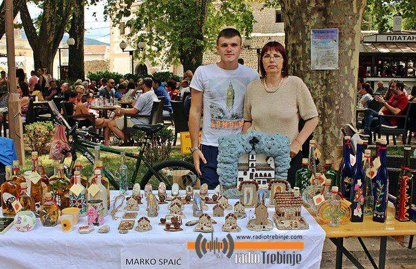 ТРЕБИЊЕ: Креативци уљепшали Дучићеву улицу