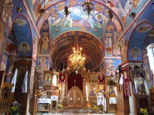 tvrdos-monastery-nave-500x375