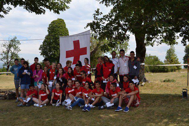 НЕВЕСИЊЕ: Отворен камп Црвеног крста на Ступинама