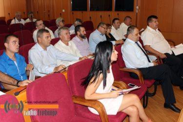 """Пет закључака против """"маћехинског"""" односа Владе према Херцеговини"""