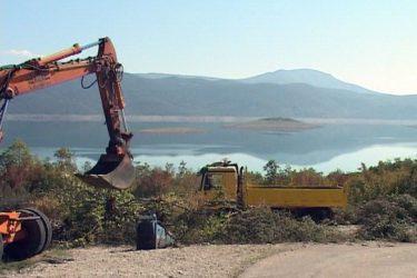 NIČE VIKEND NASELJE U BILEĆI: Već od 2.500 maraka lokacija na obali jezera  (VIDEO)