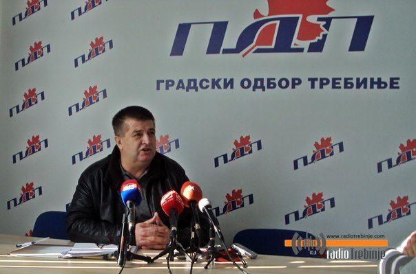 Славко Вучуревић и ПДП позивају отпуштене раднике на протесте