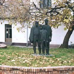 st-spomenik-1