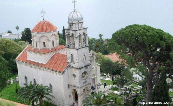 МАНАСТИР САВИНА: Одолијева искушењима и чува православље скоро хиљаду година