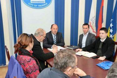 ШВЕРЦУ ОДЗВОНИЛО: Лука Петровић формирао координационо тијело с циљем укидања рада на црно