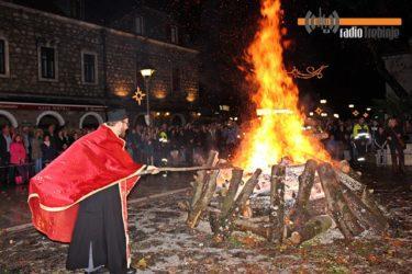 Владика Григорије служиће поноћну божићну литургију у Мостару