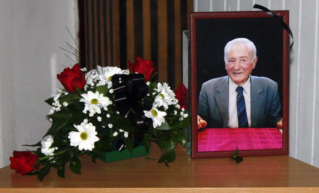 СМРТ ЈЕ САСВИМ НЕПРОВЈЕРЕНА ГЛАСИНА: Херцеговци у Клеку испратили Уроша Милојевића (ФОТО)