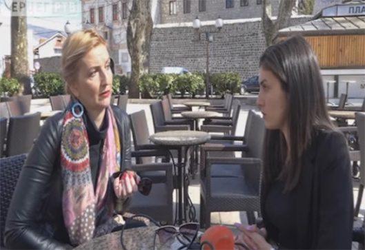 МИЛАНА БАБИЋ: Ћирилица је питање српског достојанства! (ВИДЕО)