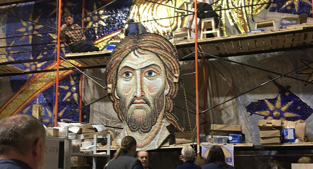 СПУТНИК ОБЈАВИО ЕКСКЛУЗИВНЕ ФОТОГРАФИЈЕ: Из Русије с љубављу — мозаик у Храму Светог Саве