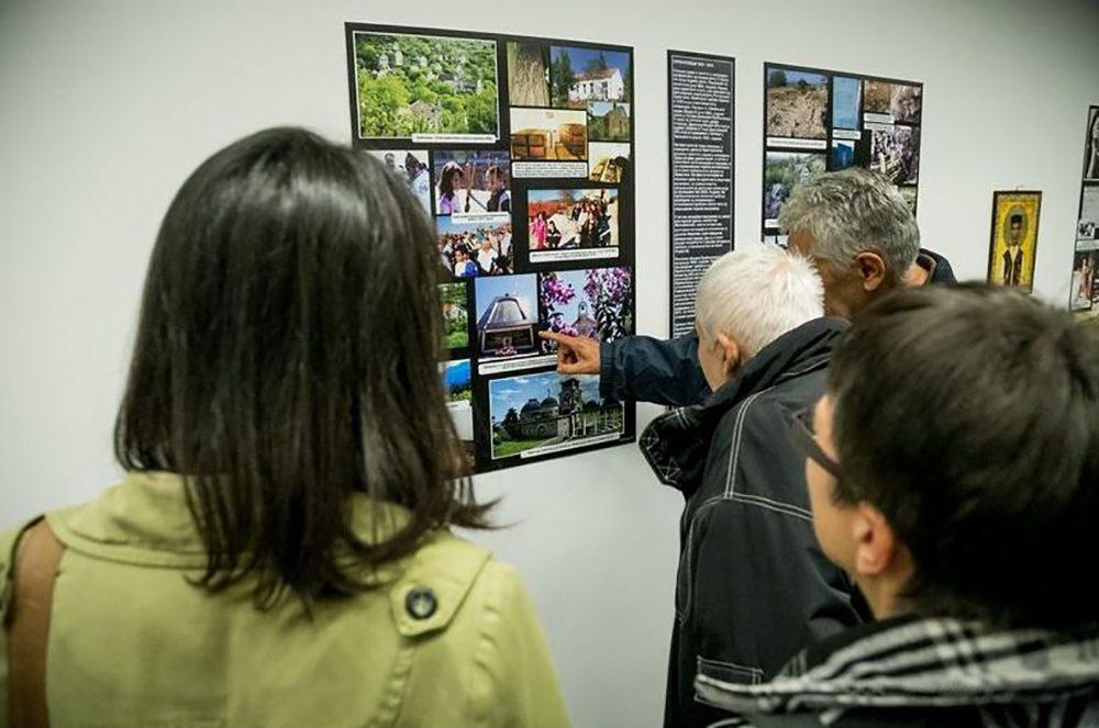 """ОСЛО, 1. АПРИЛ 2017: Миленко Јахура отвара изложбу """"Пребиловци"""" у Норвешкој"""