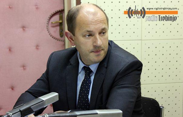 ЛУКА ПЕТРОВИЋ: Директори који не остваре уштеде до 15. јула - биће смијењени!