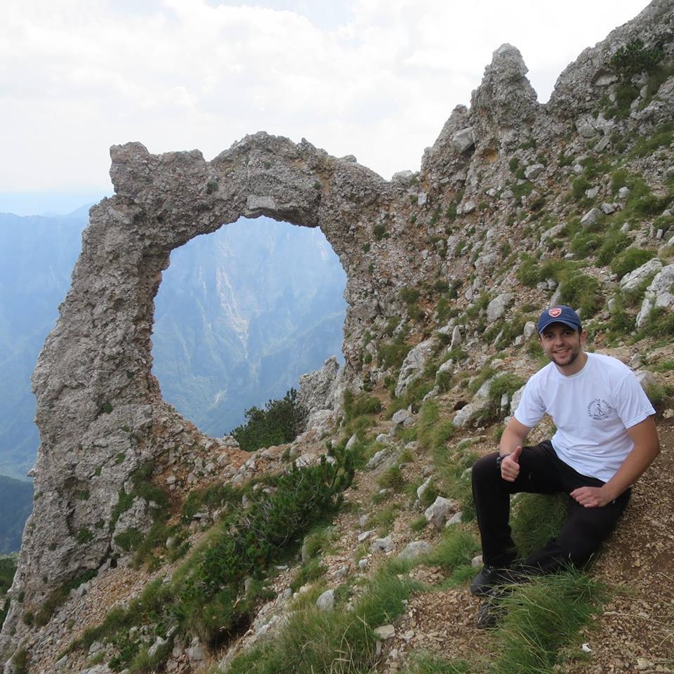 НАЈБОЉЕ ИЗ ХЕРЦЕГОВИНЕ: ВЛАДИМИР ИВКОВИЋ - Невесињац који не зна за оцјену мању од десет