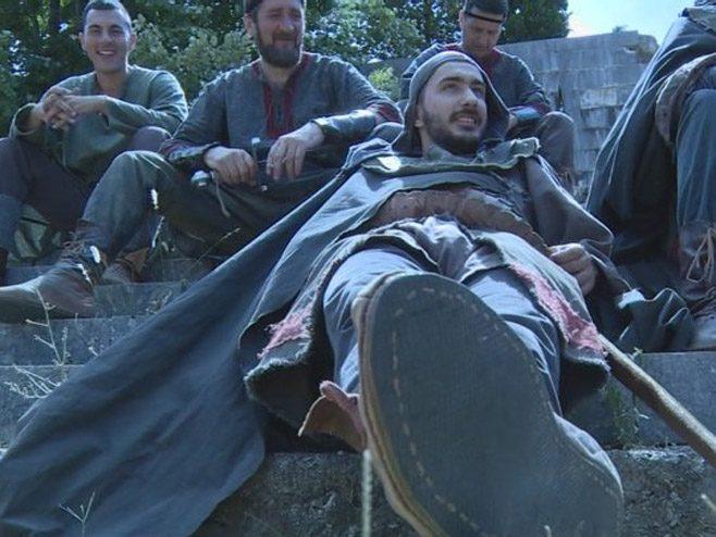 У Поповом пољу пала прва клапа за серију о Немањићима (ВИДЕО)