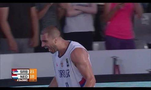 БУЛУТ - ЧОВЈЕК ОДЛУКЕ: Пребиловачки потомак донио ново злато Србији у баскету!