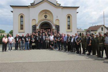 У Лијевчу пољу освештан споменик херојима Југословенске Краљеве војске у Отаџбини (ФОТО)