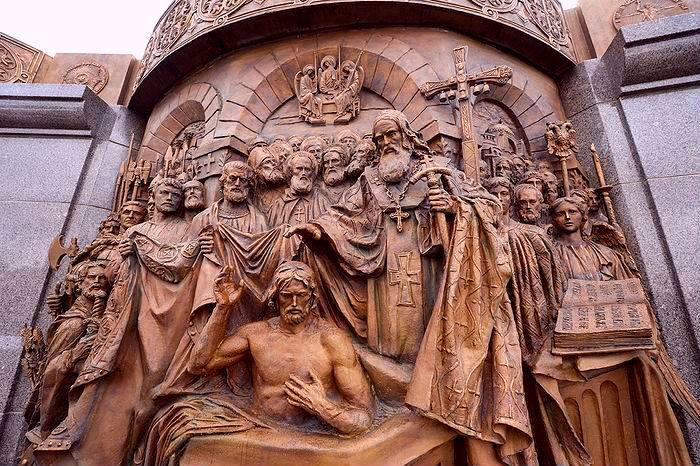 ДАН СВЕТОГ ВЛАДИМИРА КИЈЕВСКОГ: За Србе је, колико и за Русе, дан молитвеног помена нашег оца, владара и свеца! (ВИДЕО)