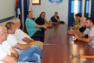 Избјегли из Дубровника не одустају: До својих права преко институција Србије