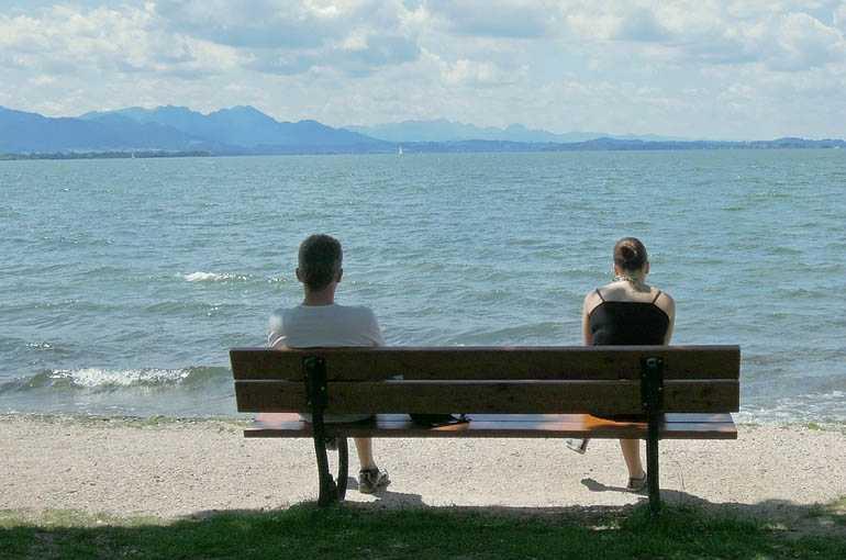 МОМО КАПОР: Како се Српкиње свађају са мужевима на мору