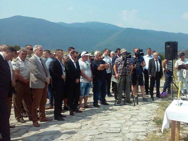 СЈЕЋАЊЕ НА ГАРАВИЧКЕ ЖРТВЕ: Комунисти крили истину о страшном страдању 12.000 бихаћких Срба у злочиначкој НДХ