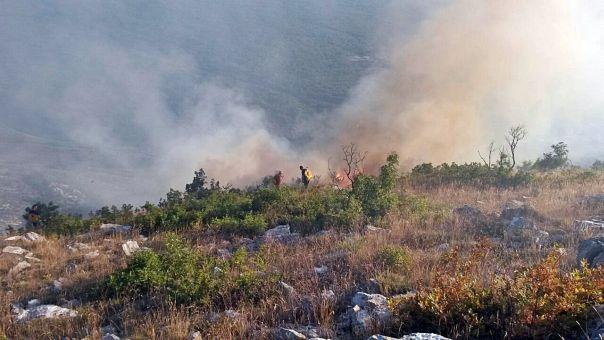 У Херцеговини и јутрос букте пожари