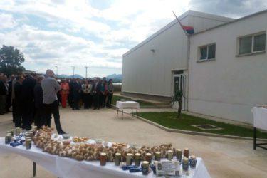 У Љубињу отворен погон за прераду бијелог лука