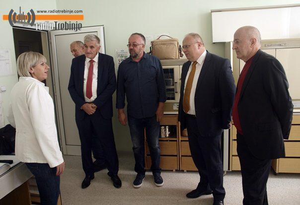 Билећа: Влада Српске улаже напоре да стабилизује Дом здравља