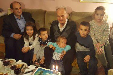МНОГАЈА ЉЕТА ПАВЛE БУЛУТУ: Најстарији Пребиловчанин прославио 90. рођендан!