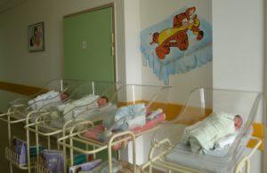 ДЕМОГРАФСКА СЛИКА НЕВЕСИЊА: Умрло 180 лица, рођено 77 беба