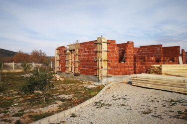 Апел за помоћ у изградњи парохијског дома у Пребиловцима